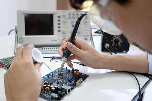 acheter ses matériels chez un fournisseur composant electronique